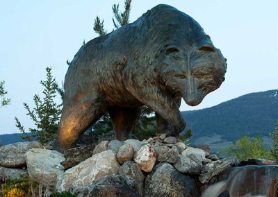 Bear Bronze Monument | River Wild
