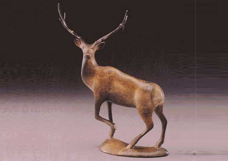 Elk Bronze Sculpture | The Majestic One
